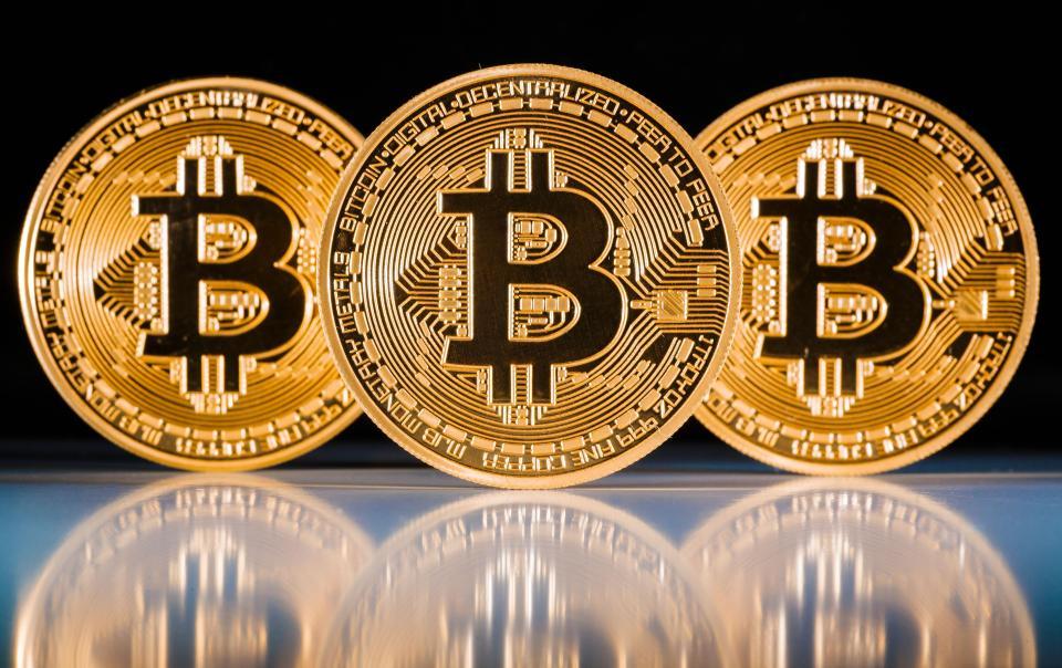 Bitcoin passa dos US$ 10 mil e já vale o equivalente a R$ 32 mil