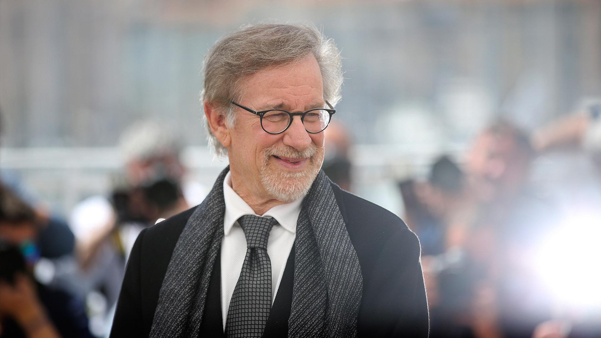 Steven Spielberg comandará Falcão Negro, novo filme da DC